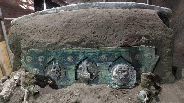 کشف درشکه تشریفاتیِ دو هزار ساله
