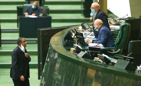واکنش تند وزارت بهداشت به درخواست قالیباف از وزیر راه برای برداشتن ماسک! + عکس