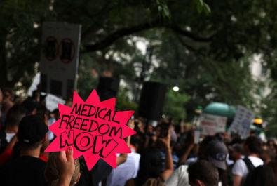 تضاهرات در اعتراض به واکسیناسیون اجباری در آمریکا