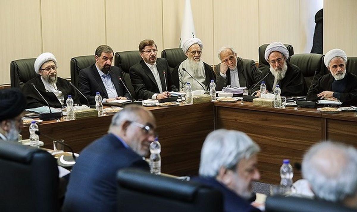 تغییرات مجمع تشخیص/ روحانی رئیس میشود یا لاریجانی؟