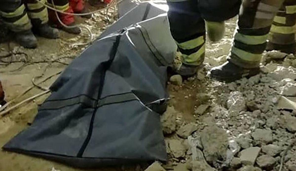 جنازه مرد کفترباز کنار تیرچراغ برق کشف شد+عکس