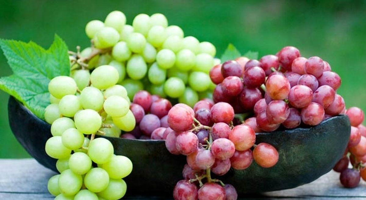 خوردن انگور برای این افراد ممنوع!