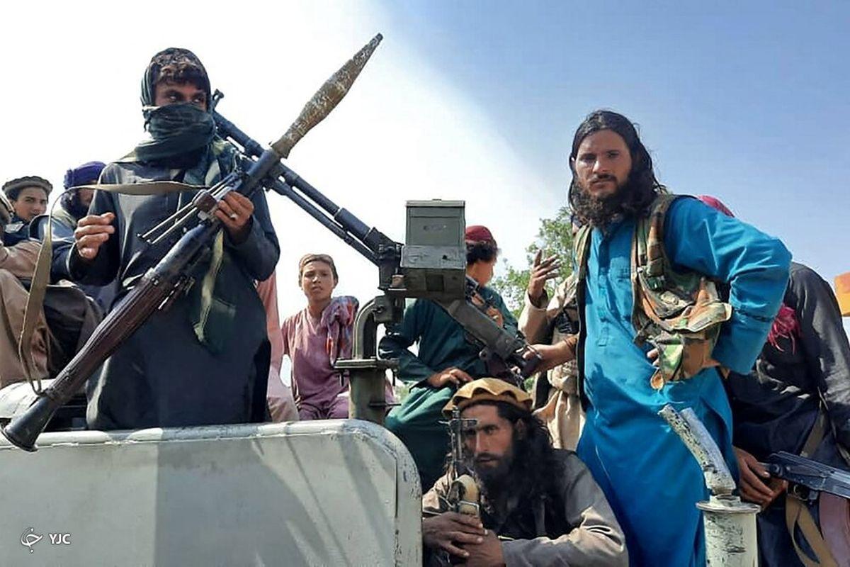عکس جنجالی خوشگذرانی نیروهای طالبان  دستور طالبان: سلفی نگیرید
