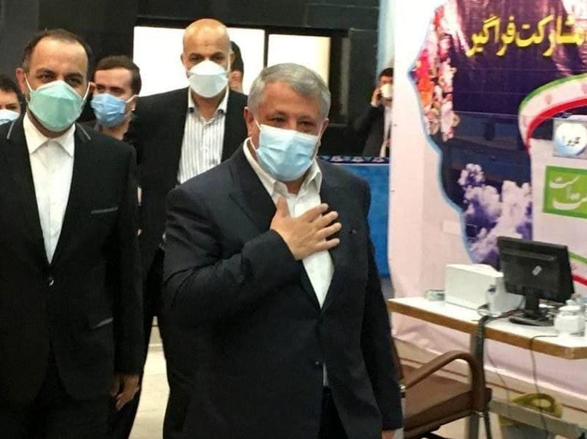 شرکت محسن هاشمی در انتخابات با دسته شکسته ! + عکس