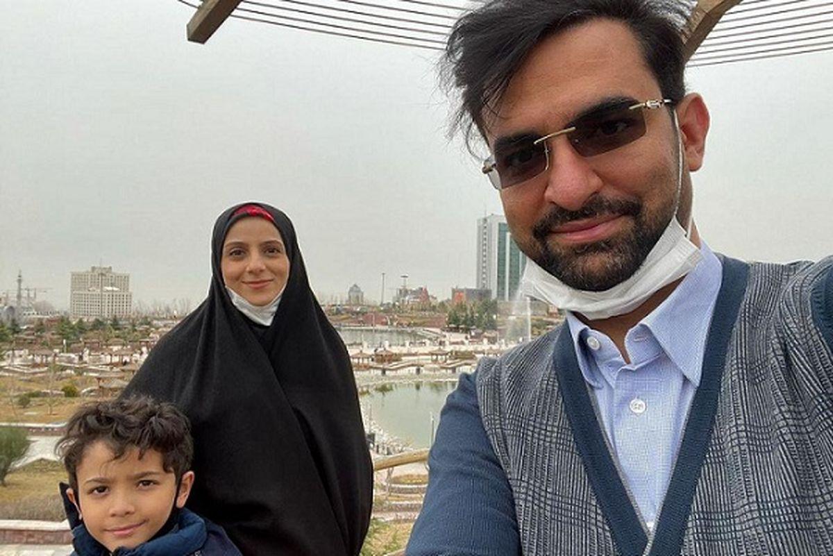حضور آذری جهرمی به همراه خانواده پای صندوق رای + عکس