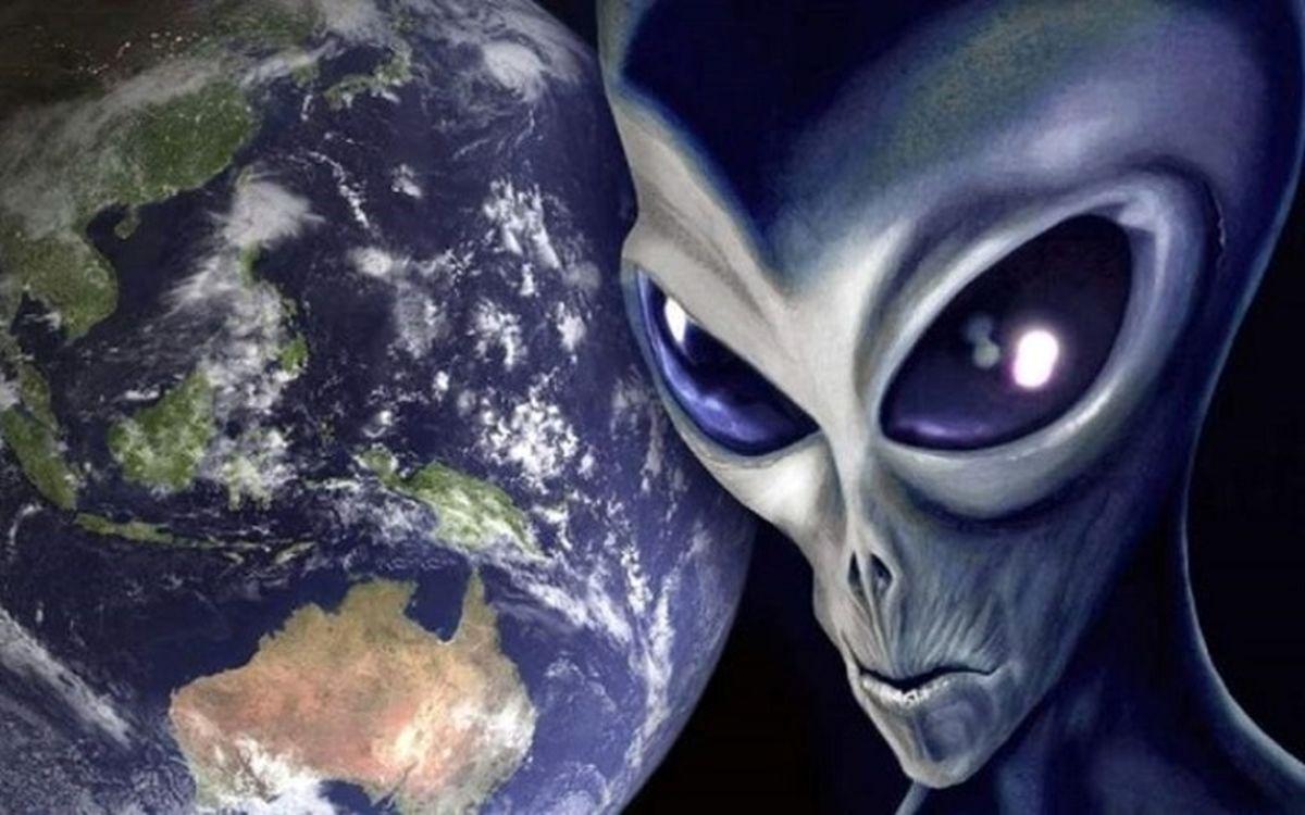 فیلم باورنکردنی از حضور یک آدم فضایی بر روی زمین!