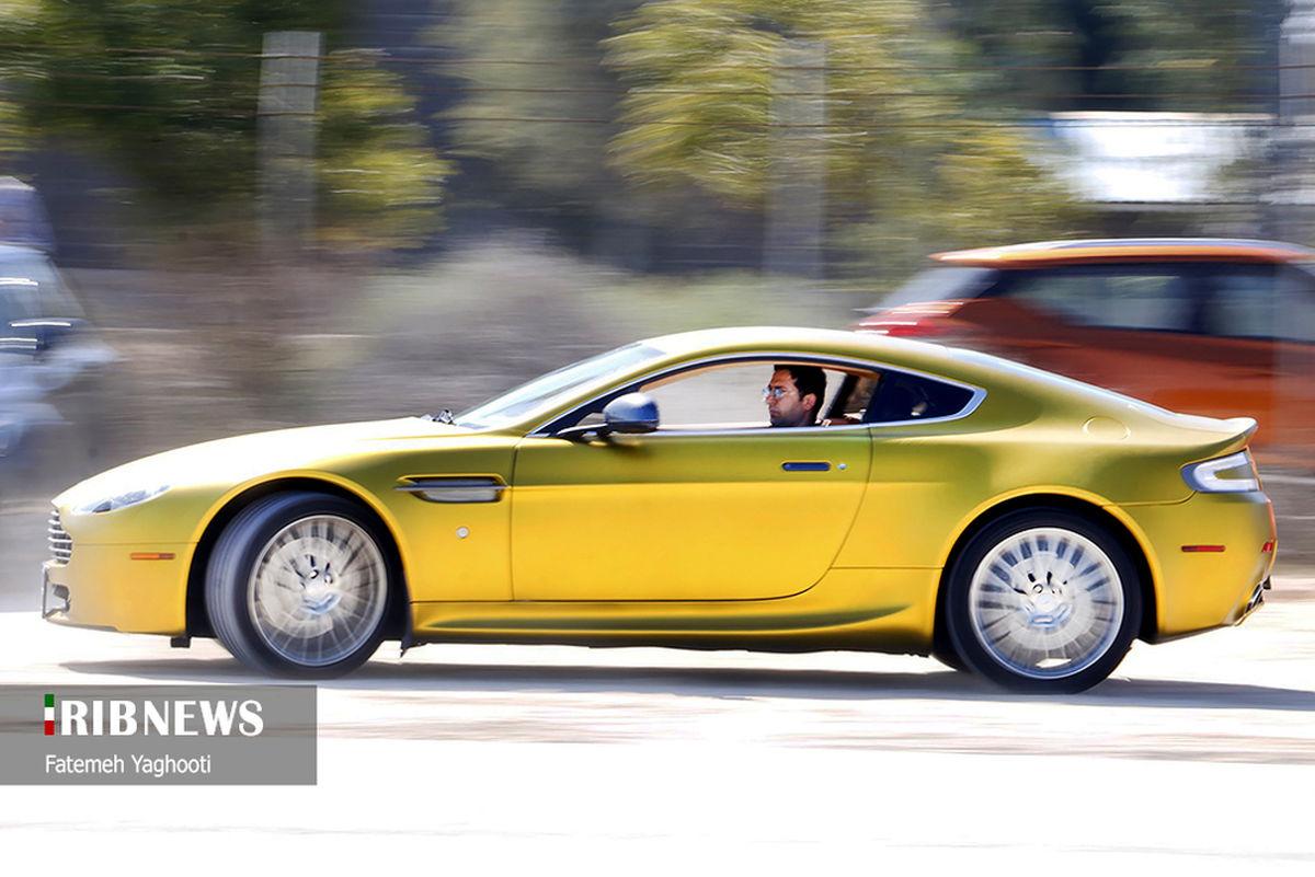 مسابقات اتومبیلرانی با خودروهای میلیاردی در کیش+عکسها