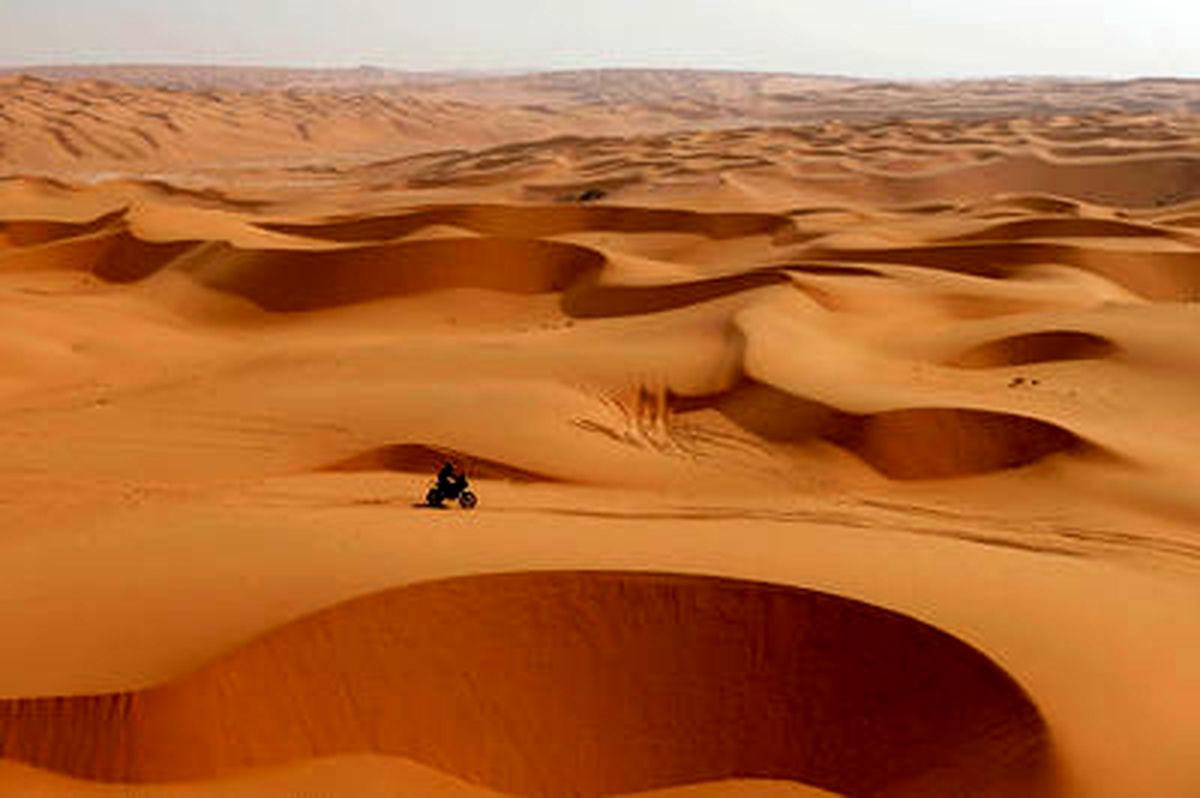 تصاویری از مسابقات رالی در دل بیابانهای عربستان