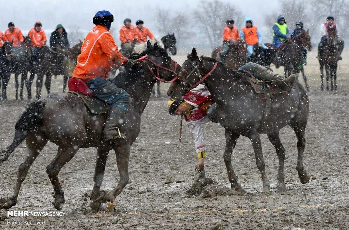 تصاویر دیده نشده از مسابقه بُزکشی در قرقیزستان