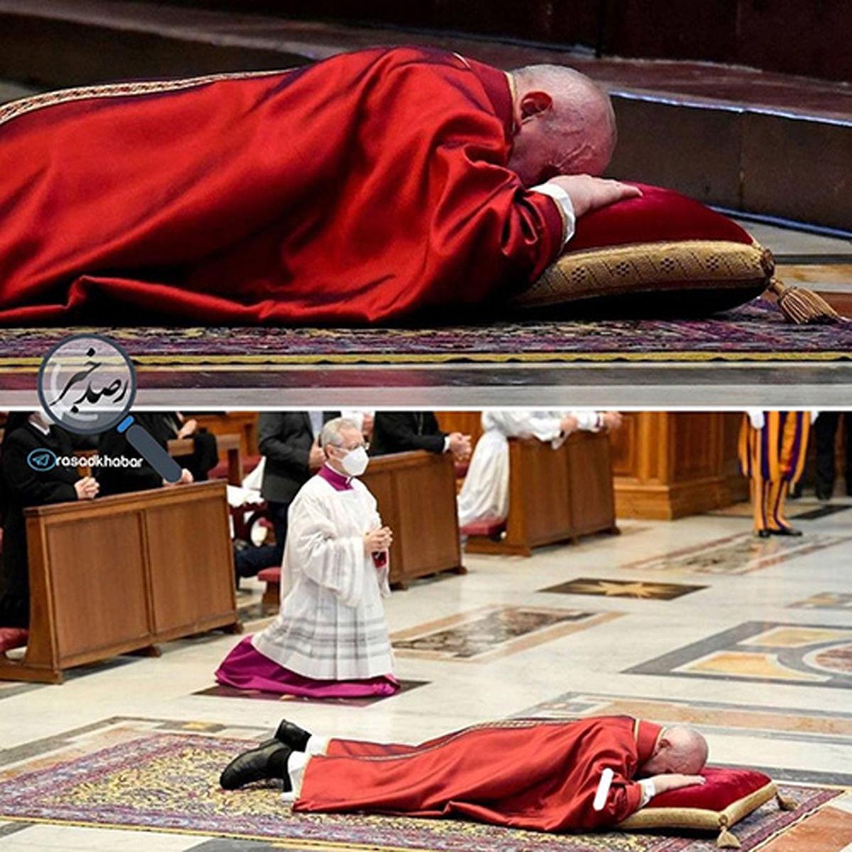 عکس دیده نشده از پاپ در آیین نیایش جمعه مقدس در واتیکان