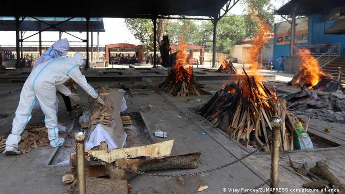 فیلم:کوره های آدم سوزی و قبرستانها دیگر جا ندارد؛کشتار ویروس هندی کرونا