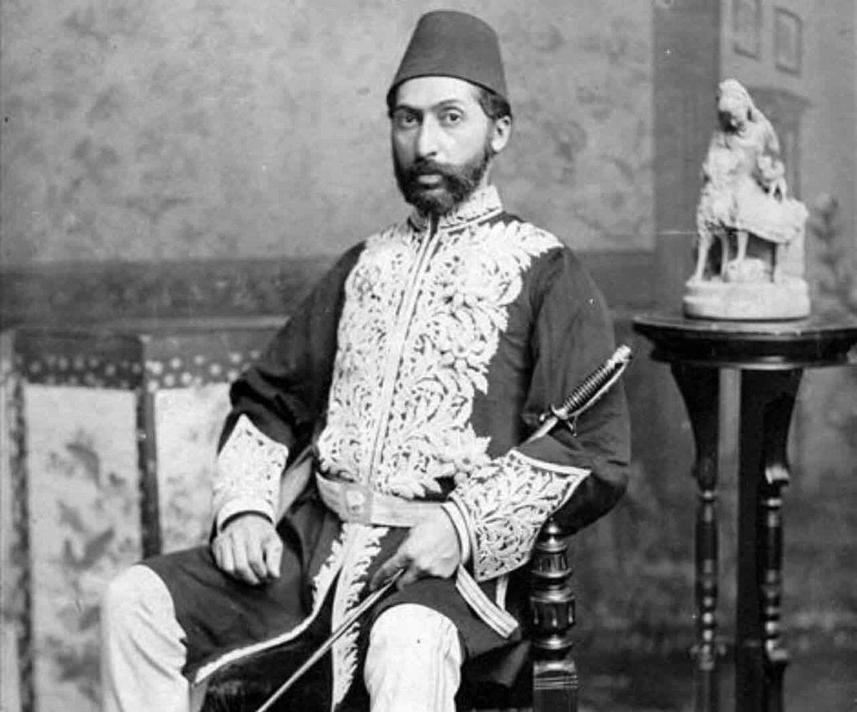 تصویر حاجى واشنگتن، نخستین سفیر ایران در آمریکا