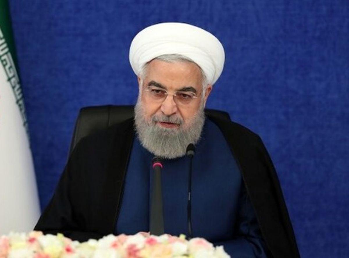 روحانی به ستاد انتخابات کشور رفت+ فیلم