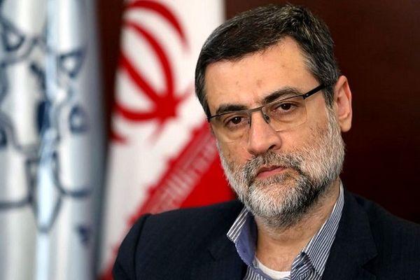 ورود قاضیزاده هاشمی به وزارت کشور برای ثبت نام