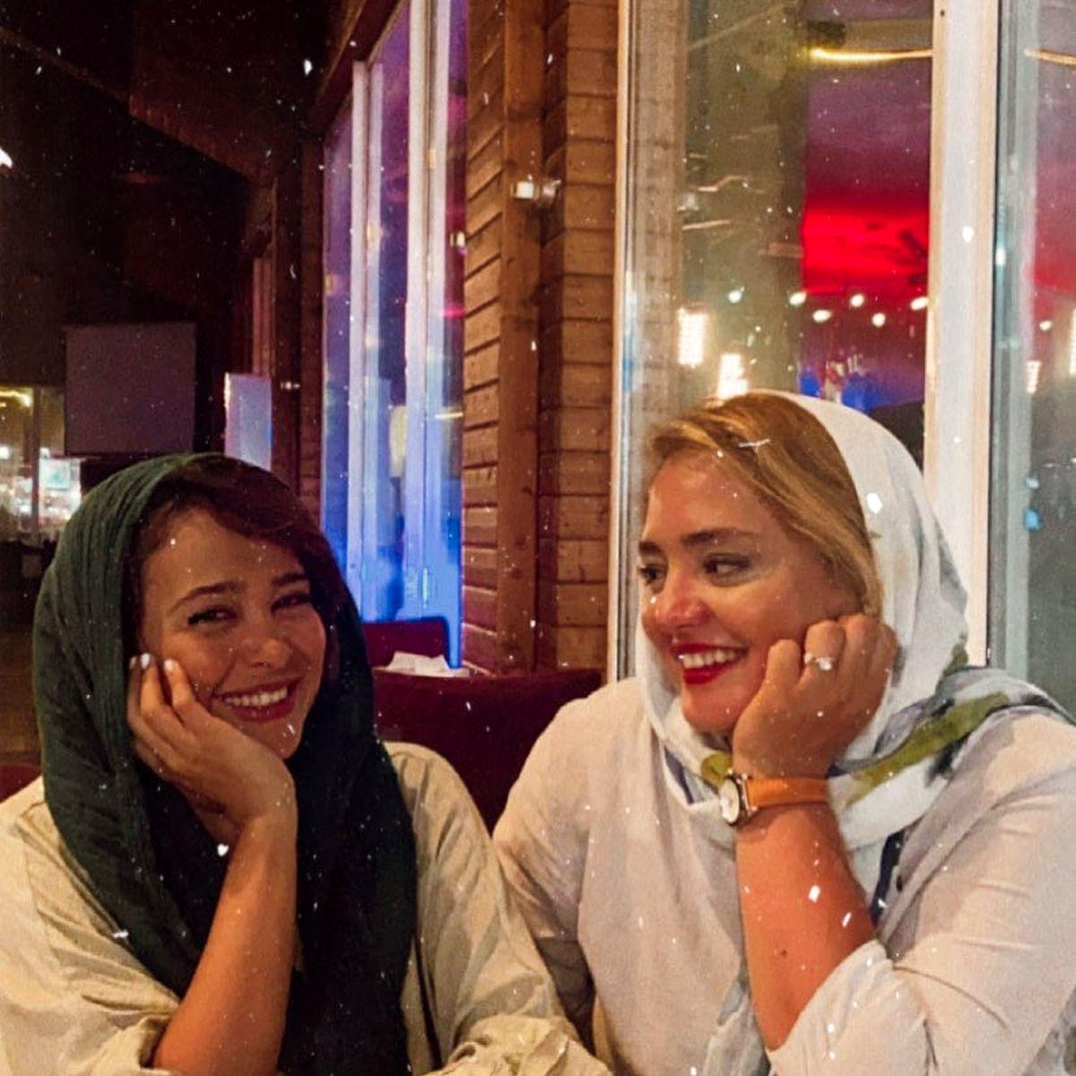 کافهگردی الناز حبیبی با دوست بازیگرش + عکس