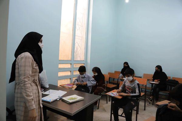 وزیر آموزش و پرورش: براساس جمع بندی جهانی باید مدارس را بازگشایی کنیم