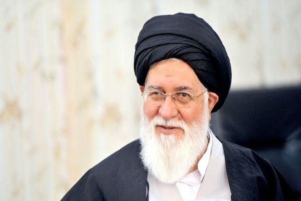 طعنه تند و تیز علم الهدی به سخنرانی جنجالی احمدی نژاد