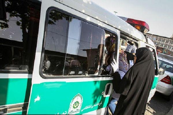 واکنش فرمانده ناجا به فیلم بازداشت خشن یک زن: ماموران حکم داشتند