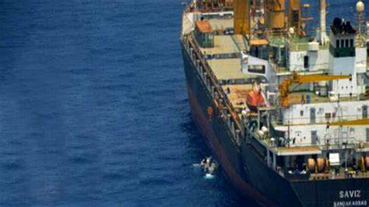علت سانحه کشتی ساویز؛ مینهای چسبان در بدنه کشتی یا حمله اسرائیل؟+عکس