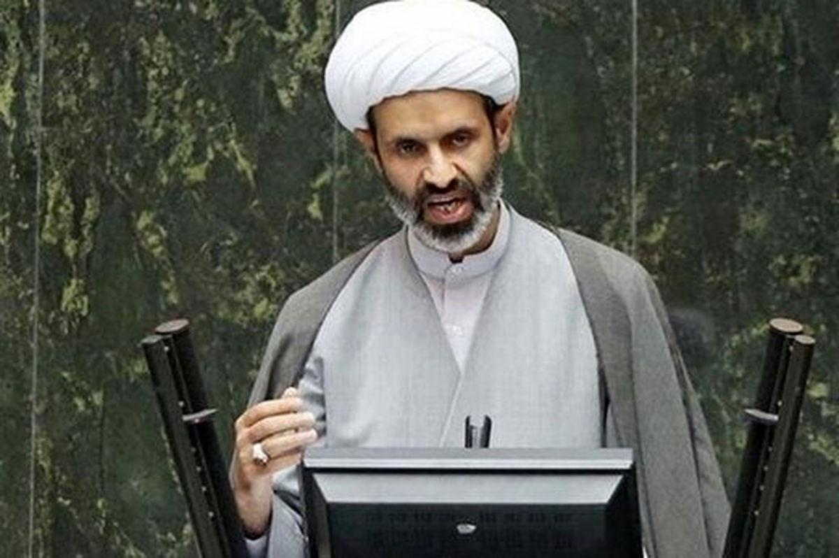 گاف یا حرکت عجیب نماینده مجلس عضو کمیسیون فرهنگی