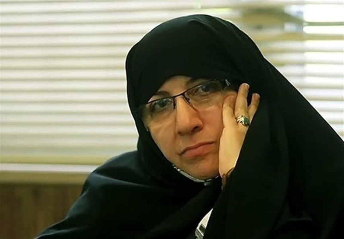 یک بانوی اصلاحطلب برای نامزدی در انتخابات ثبتنام کرد