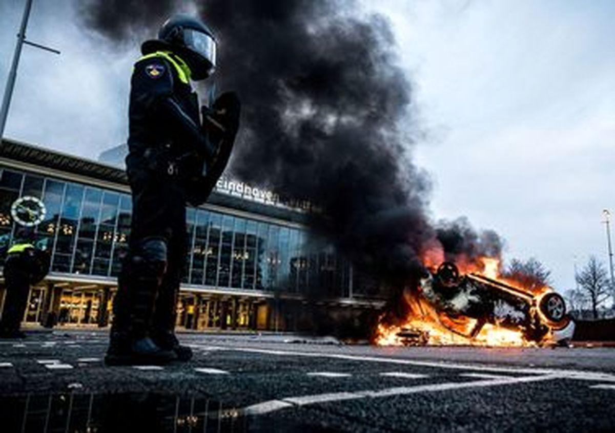 تصاویری عجیب و خشن از تظاهرات علیه محدودیتهای کرونایی در نیدرلند