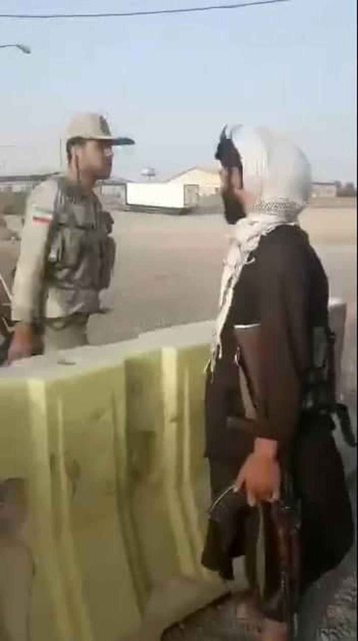 عکس: رسما با طالبان هم مرز شدیم
