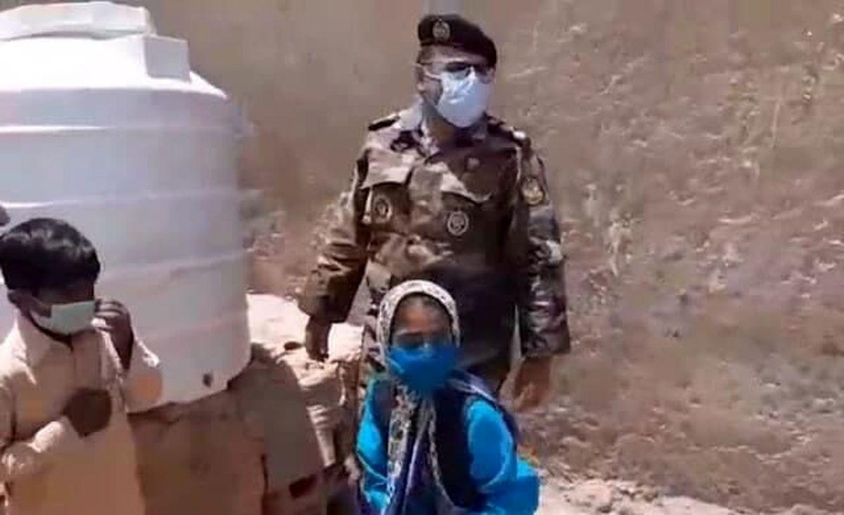 عکس پاسخ جالب ارتش ایران به درخواست دختر سیستانی