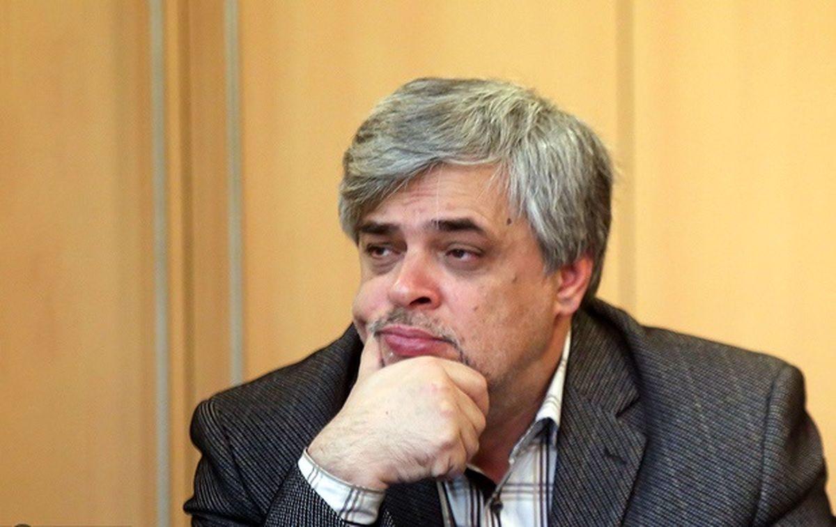 محمد مهاجری: اصولگرایان منتظر ظریف هستند/ رئیسی تنها برگ برنده اصولگرایان است