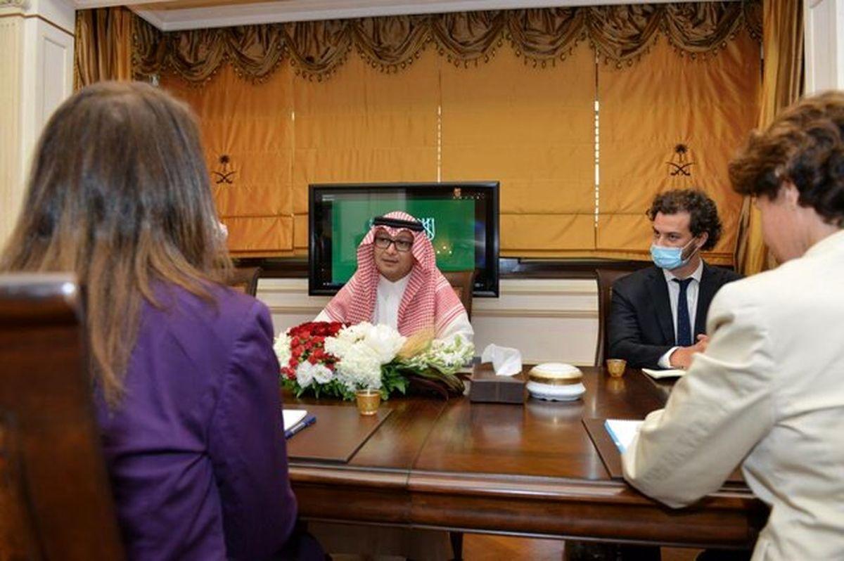 نشست آمریکا، فرانسه، عربستان درباره بررسی بحران اقتصادی لبنان
