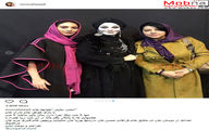 حضور همسر شهاب حسینی و مونا فرجاد برای تماشای نمایش «طپانچه خانم» / عکس