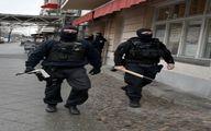 بازرسی مسجدی در برلین توسط پلیس آلمان/ عکس