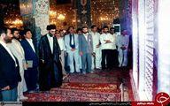 تصاویری تاریخی از رهبر انقلاب در حرم حضرت زینب(س)