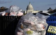 بوی زباله کاخ سفید را فرا گرفت/ عکس