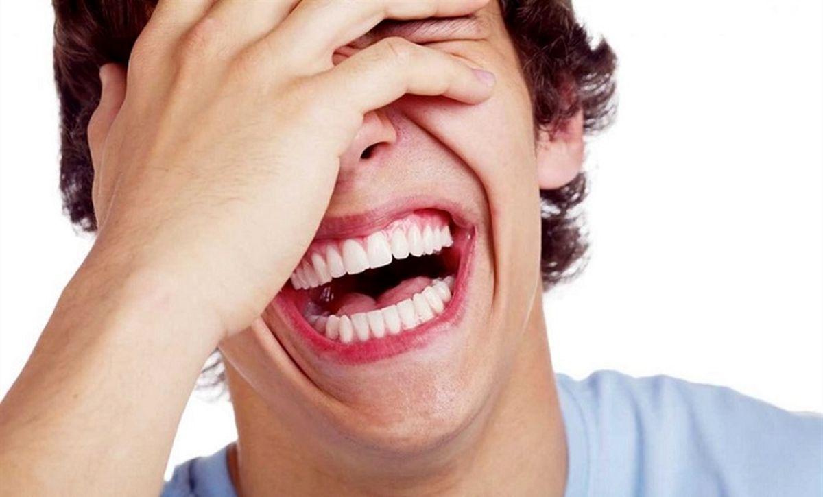 تاثیرات جادویی یوگا خنده بر سلامت جسم و روح