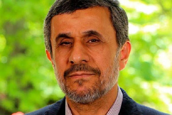 پیش بینی احمدی نژاد؛ تحولات بزرگ اما حالا نه