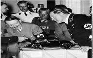 تصویر جالب از هیتلر و معرفی فولکس واگن قورباغهایی