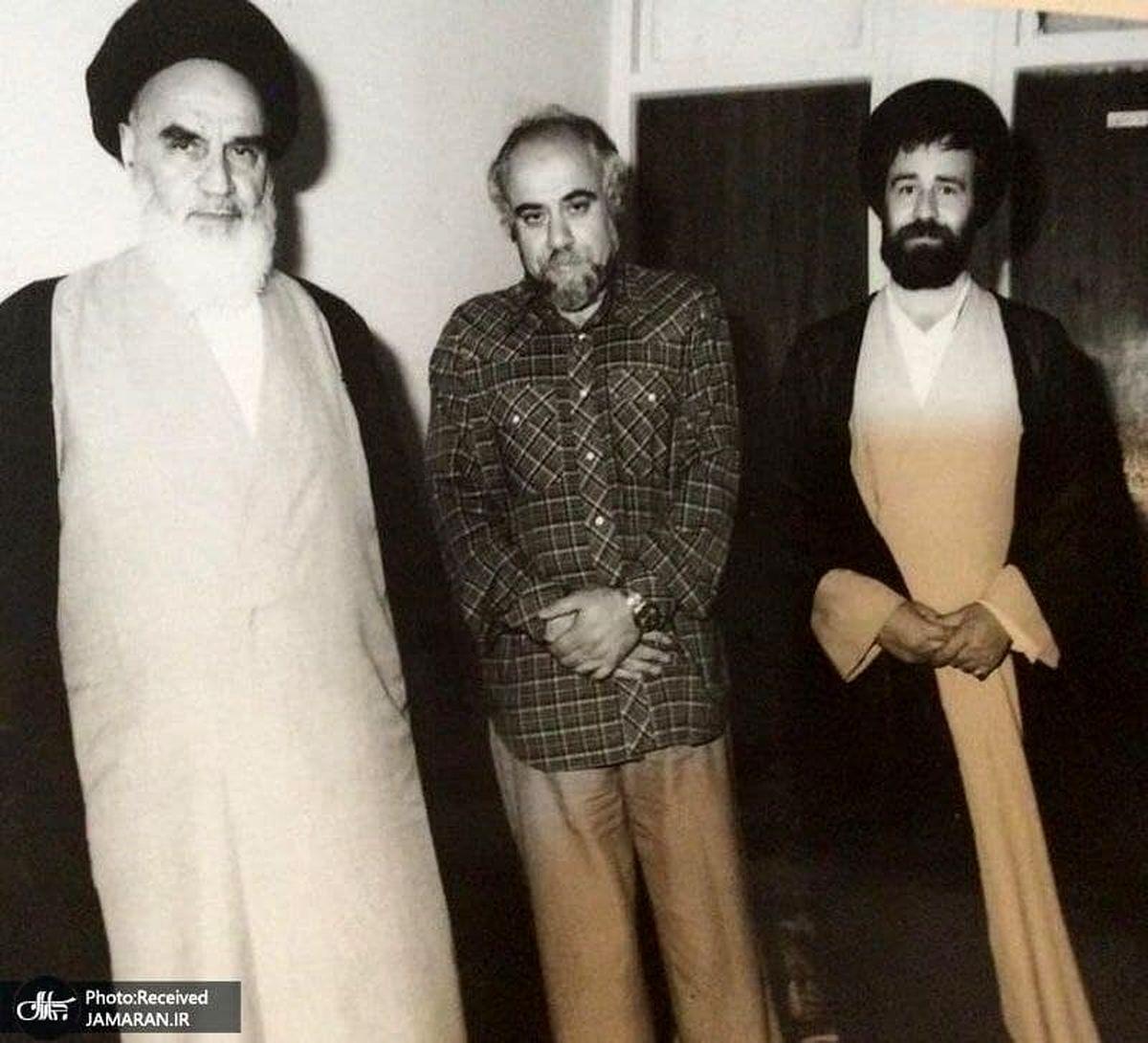 تصویردیده نشده از مرحوم علامه حکیمی در کنار امام خمینی (ره)