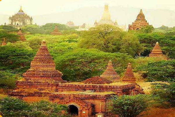 تصویری از شهری با دوهزار معبد  و بنای عجیب