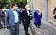 حضور محمدرضا عارف و همسرش برای شرکت در انتخابات + عکس