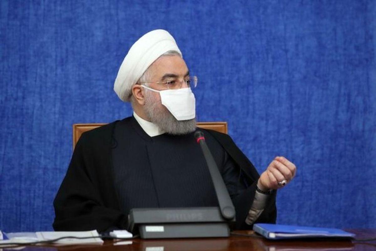 روحانی: به دنبال مقابله با نوسانات قیمتی هستیم/ درآمدهای سال 99 قابل قیاس با اوایل دهه 90 نیست اما دولت با برنامهریزی مانع فروپاشی کشور شد